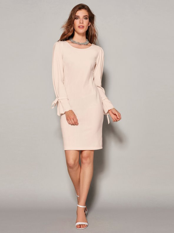 Women's long-sleeved dress with ribbon details