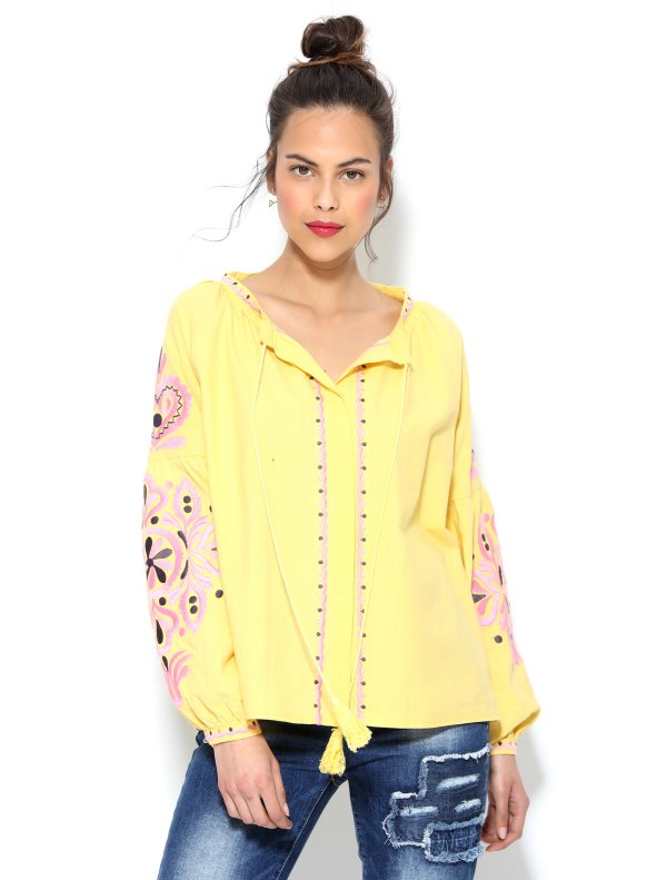 Blusa de manga larga bordada con cordones y borlas amarillo S