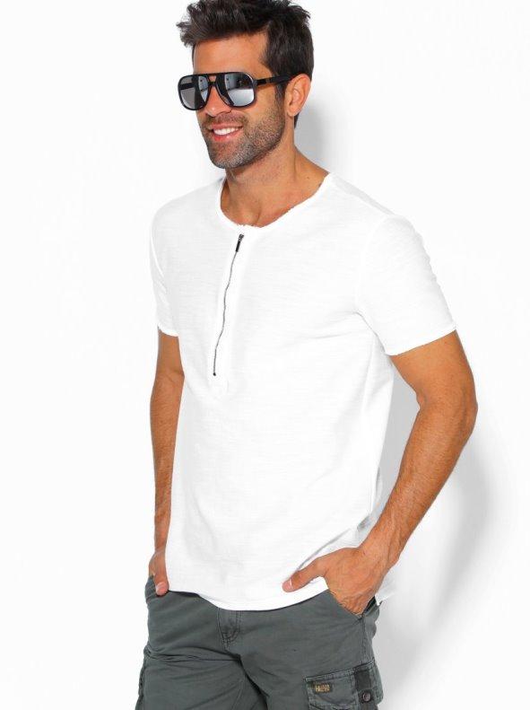 Camiseta de hombre con tapeta de botones y cremallera manga corta