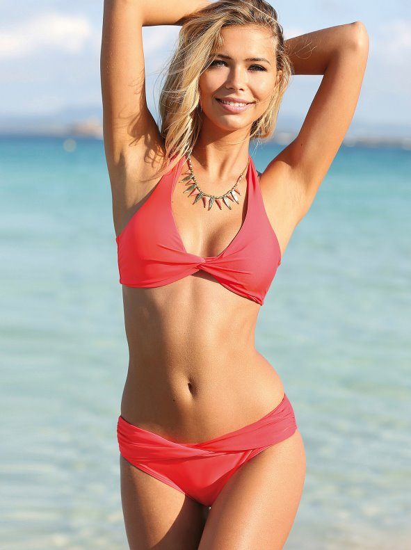 Combinable bikini panties with a crossed section at the front VENCA