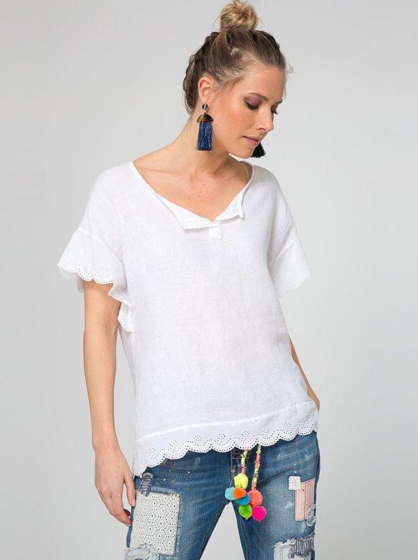 Blusa lino con bordado suizo y  lentejuelas