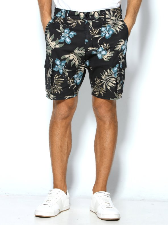 Bermuda shorts man stamped flowers hibiscus with pockets