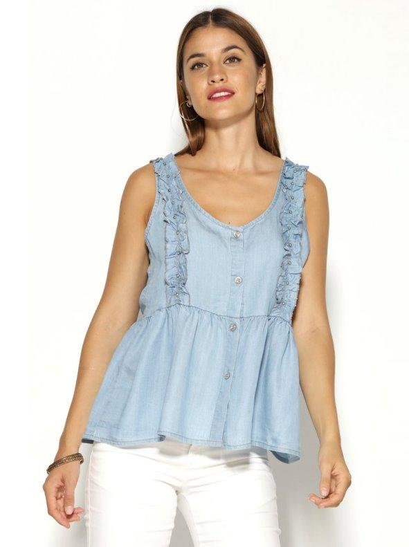 Blusa sin mangas denim ligero volantes y aplicaciones de perlas plateadas