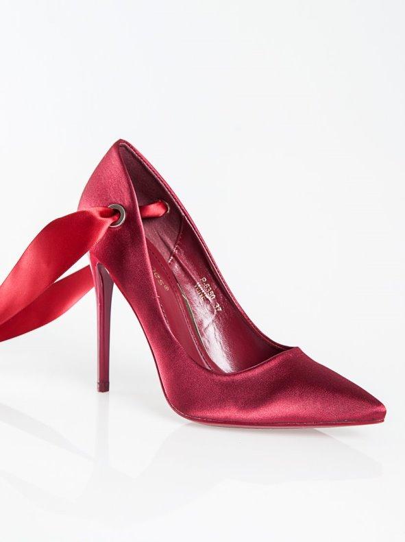 Zapatos tacón fiesta con lazos para anudar satén