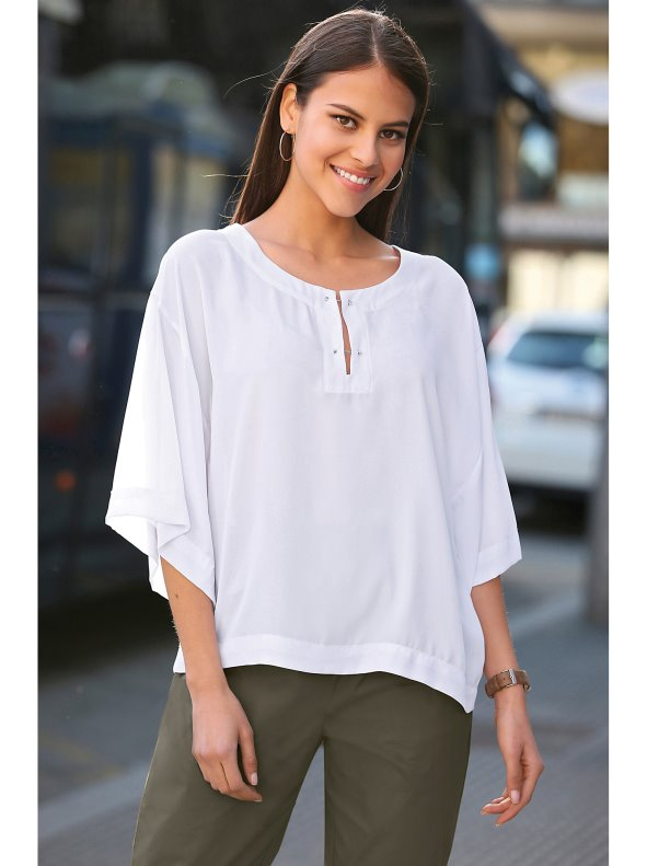 Women's crepe blouse with fantasy detail in the neckline and 3/4 wide sleeves VENCA