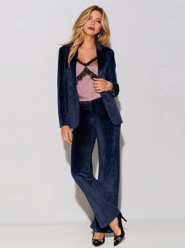 Women's wide leg velvet long trousers with pleats