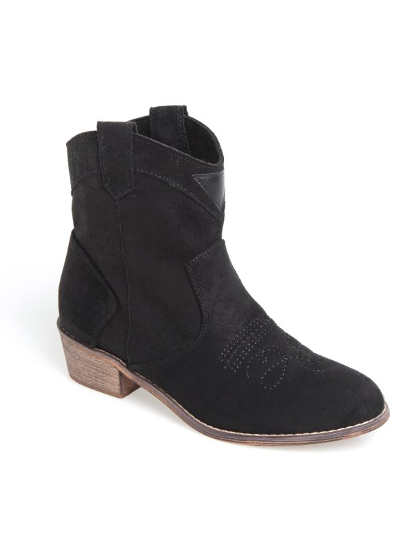 Women's faux suede boots with stitching pattern
