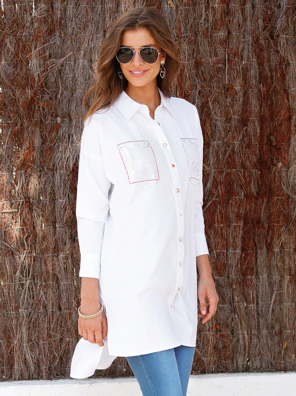 Oversize long sleeve shirt with lace pieces