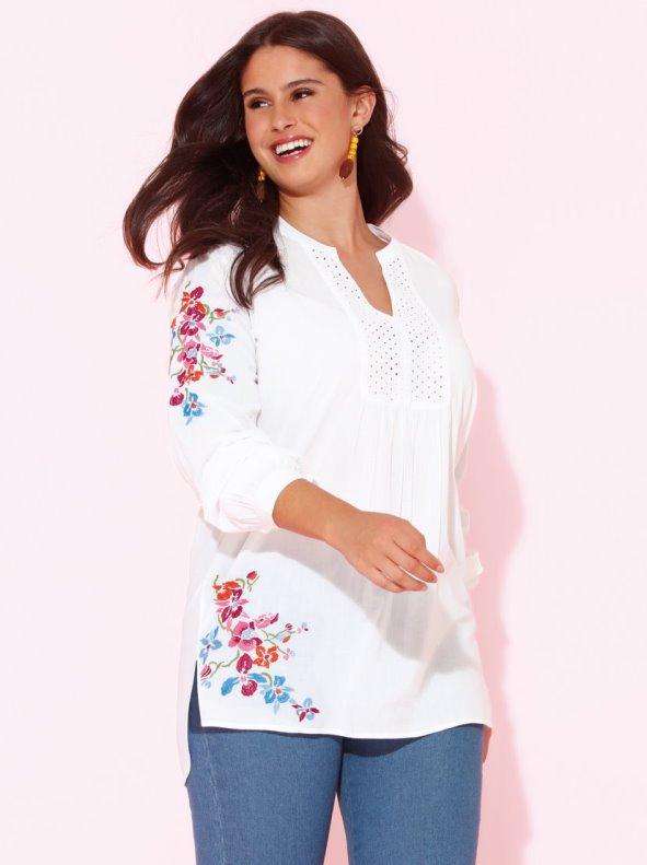 Blusa bordada con canesú tallas grandes BELLÍSIMA BY VENCA