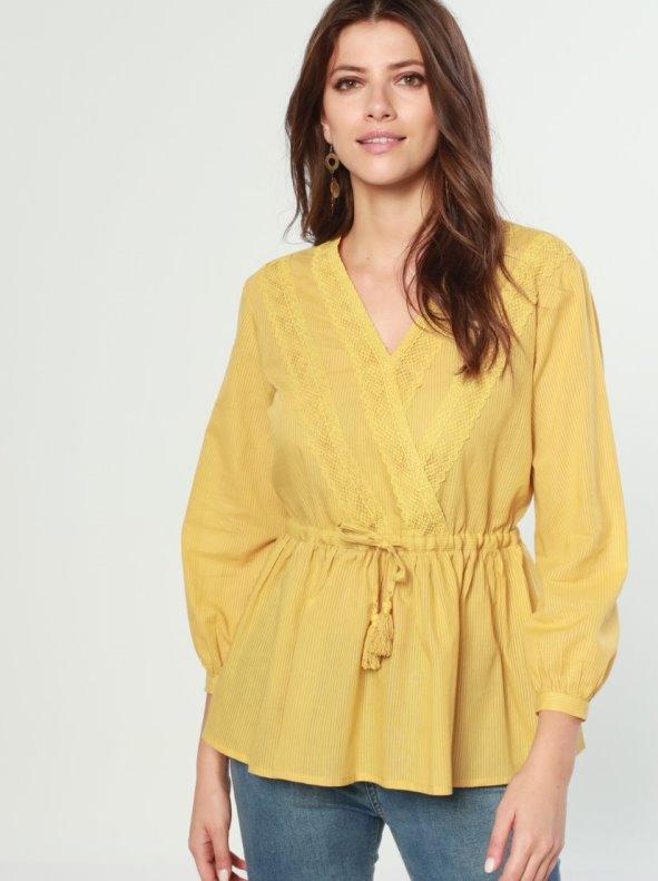 Venca|Blusa escote cruzado con encaje y lino amarillo XXL