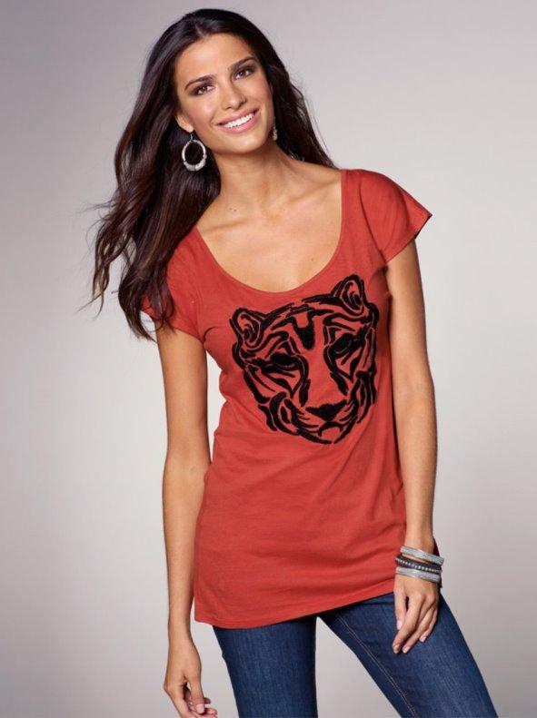 Camiseta mujer bordada manga corta