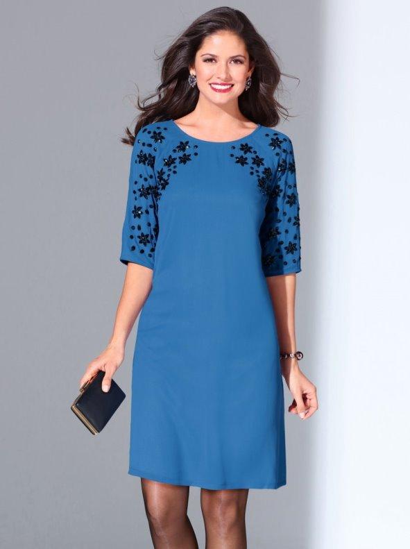 Vestido de fiesta mujer bordado con pedrería diseño de flores