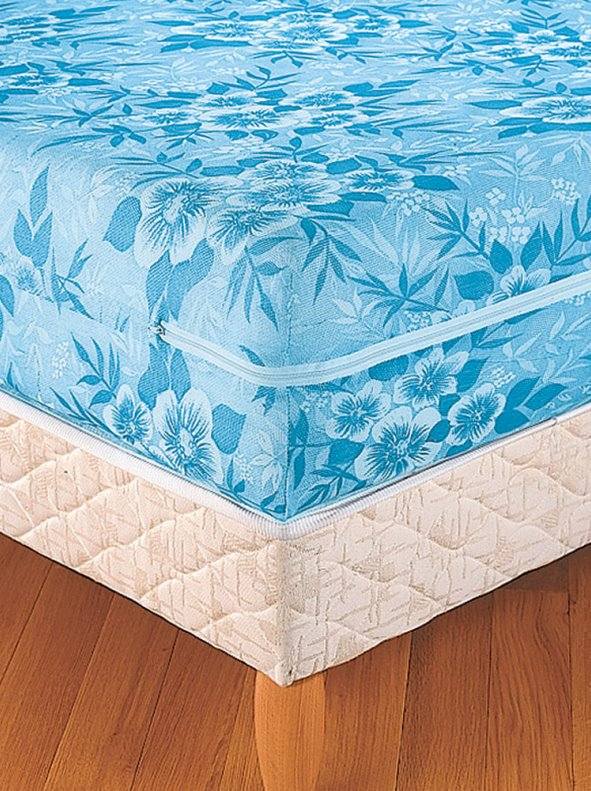 Mattress cover stamped flowers extensible with zipper